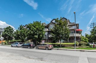 "Photo 18: 204 3150 VINCENT Street in Port Coquitlam: Glenwood PQ Condo for sale in ""BREYERTON"" : MLS®# R2383361"
