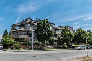 "Photo 1: 204 3150 VINCENT Street in Port Coquitlam: Glenwood PQ Condo for sale in ""BREYERTON"" : MLS®# R2383361"