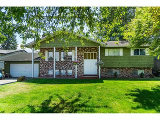 Main Photo: 32664 HACIENDA Place in Abbotsford: Abbotsford West House for sale : MLS®# R2389226