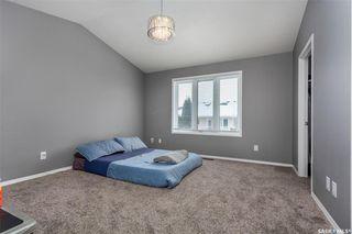 Photo 11: 643 Guenter Crescent in Saskatoon: Arbor Creek Residential for sale : MLS®# SK797818