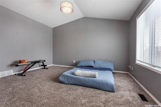 Photo 10: 643 Guenter Crescent in Saskatoon: Arbor Creek Residential for sale : MLS®# SK797818
