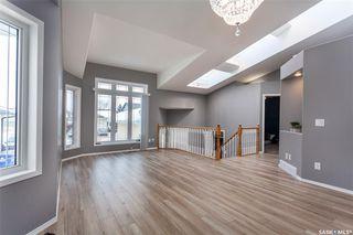 Photo 5: 643 Guenter Crescent in Saskatoon: Arbor Creek Residential for sale : MLS®# SK797818