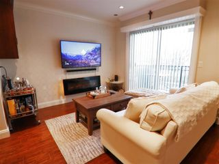 Main Photo: 205 3033 ESMOND Avenue in Burnaby: Central BN Townhouse for sale (Burnaby North)  : MLS®# R2439627