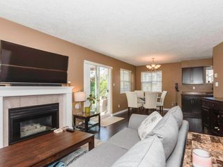 Photo 10: 1 3255 Rutledge St in : SE Quadra Row/Townhouse for sale (Saanich East)  : MLS®# 851408