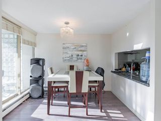 """Photo 10: 401 6188 PATTERSON Avenue in Burnaby: Metrotown Condo for sale in """"WIMBLEDON CLUB"""" (Burnaby South)  : MLS®# R2511892"""