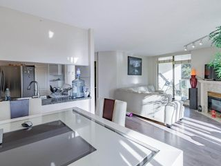"""Photo 21: 401 6188 PATTERSON Avenue in Burnaby: Metrotown Condo for sale in """"WIMBLEDON CLUB"""" (Burnaby South)  : MLS®# R2511892"""