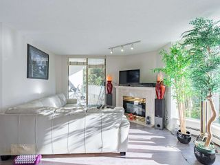 """Photo 8: 401 6188 PATTERSON Avenue in Burnaby: Metrotown Condo for sale in """"WIMBLEDON CLUB"""" (Burnaby South)  : MLS®# R2511892"""
