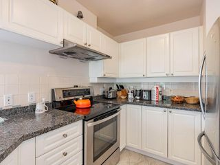 """Photo 18: 401 6188 PATTERSON Avenue in Burnaby: Metrotown Condo for sale in """"WIMBLEDON CLUB"""" (Burnaby South)  : MLS®# R2511892"""