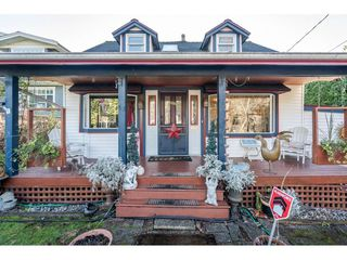 Main Photo: 409 E 6TH ST Street in North Vancouver: Lower Lonsdale House for sale : MLS®# R2530898