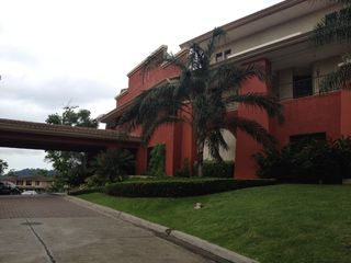 Photo 2: PH Embassy Club and The Club Town
