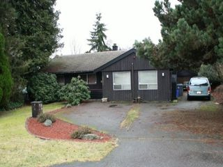 Photo 1: 10051 HELEN DR in Surrey: Cedar Hills House for sale (North Surrey)  : MLS®# F1401030