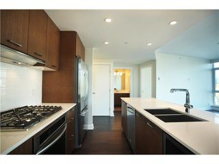 "Photo 5: # 3305 1372 SEYMOUR ST in Vancouver: Downtown VW Condo for sale in ""THE MARK"" (Vancouver West)  : MLS®# V1042380"