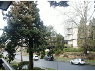 "Photo 11: 203 340 NINTH Street in New Westminster: Uptown NW Condo for sale in ""PARK WESTMINSTER"" : MLS®# V1047319"