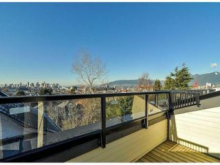 "Photo 16: 1810 E PENDER Street in Vancouver: Hastings Townhouse for sale in ""AZALEA HOMES"" (Vancouver East)  : MLS®# V1051694"