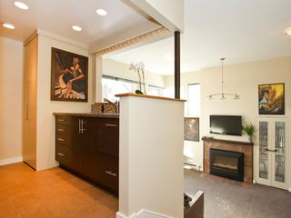 "Photo 14: 1598 ISLAND PARK Walk in Vancouver: False Creek Townhouse for sale in ""THE LAGOONS"" (Vancouver West)  : MLS®# V1052642"