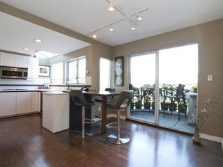 "Photo 5: 1598 ISLAND PARK Walk in Vancouver: False Creek Townhouse for sale in ""THE LAGOONS"" (Vancouver West)  : MLS®# V1052642"