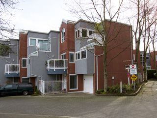 "Photo 27: 1598 ISLAND PARK Walk in Vancouver: False Creek Townhouse for sale in ""THE LAGOONS"" (Vancouver West)  : MLS®# V1052642"