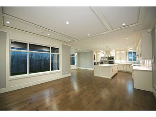 Photo 3: 2812 DOLLARTON Highway in North Vancouver: Windsor Park NV House for sale : MLS®# V1086447