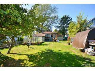 Photo 18: 487 Swinford Street in VICTORIA: Es Saxe Point Single Family Detached for sale (Esquimalt)  : MLS®# 343214