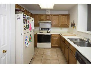 """Photo 5: 35 3960 CANADA Way in Burnaby: Burnaby Hospital Townhouse for sale in """"CASCADE VILLAGE"""" (Burnaby South)  : MLS®# V1112623"""