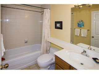 """Photo 9: 35 3960 CANADA Way in Burnaby: Burnaby Hospital Townhouse for sale in """"CASCADE VILLAGE"""" (Burnaby South)  : MLS®# V1112623"""