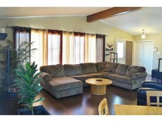 Photo 7: 31 Leisure Bay in WINNIPEG: Westwood / Crestview Residential for sale (West Winnipeg)  : MLS®# 1508343