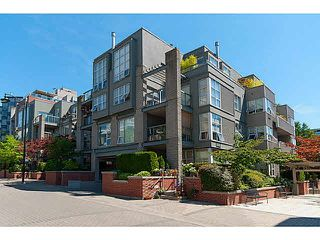 "Photo 17: 106 2288 MARSTRAND Avenue in Vancouver: Kitsilano Condo for sale in ""DUO"" (Vancouver West)  : MLS®# V1132743"