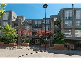 "Photo 1: 106 2288 MARSTRAND Avenue in Vancouver: Kitsilano Condo for sale in ""DUO"" (Vancouver West)  : MLS®# V1132743"