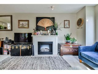 "Photo 4: 1 14855 100 Avenue in Surrey: Guildford Townhouse for sale in ""HAMSTEAD MEWS"" (North Surrey)  : MLS®# F1449061"
