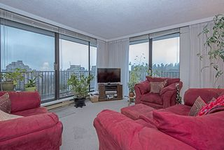 """Photo 3: 1708 6455 WILLINGDON Avenue in Burnaby: Metrotown Condo for sale in """"PARKSIDE MANOR"""" (Burnaby South)  : MLS®# R2028655"""