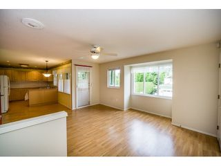 "Photo 5: 147 13888 70 Avenue in Surrey: East Newton Townhouse for sale in ""Chelsea Gardens"" : MLS®# R2071446"