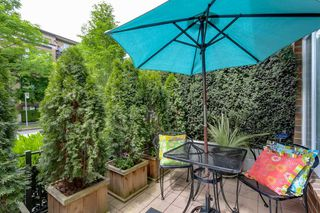 "Photo 15: 2738 CRANBERRY Drive in Vancouver: Kitsilano Townhouse for sale in ""ZYDECO"" (Vancouver West)  : MLS®# R2073956"