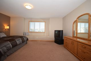 Photo 34: 50 Marseilles Close in Winnipeg: West Kildonan / Garden City Residential for sale (North West Winnipeg)  : MLS®# 1616686