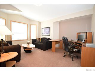 Photo 9: 50 Marseilles Close in Winnipeg: West Kildonan / Garden City Residential for sale (North West Winnipeg)  : MLS®# 1616686