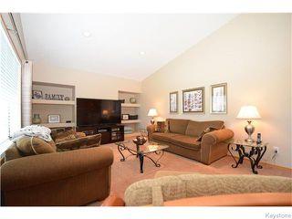 Photo 3: 50 Marseilles Close in Winnipeg: West Kildonan / Garden City Residential for sale (North West Winnipeg)  : MLS®# 1616686