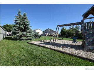Photo 17: 50 Marseilles Close in Winnipeg: West Kildonan / Garden City Residential for sale (North West Winnipeg)  : MLS®# 1616686