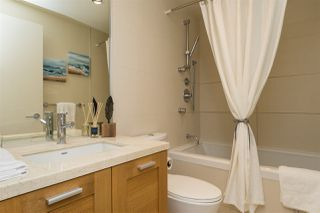 """Photo 12: 1503 15152 RUSSELL Avenue: White Rock Condo for sale in """"Miramar """"A"""""""" (South Surrey White Rock)  : MLS®# R2105212"""