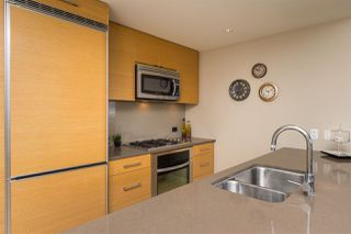 """Photo 8: 1503 15152 RUSSELL Avenue: White Rock Condo for sale in """"Miramar """"A"""""""" (South Surrey White Rock)  : MLS®# R2105212"""
