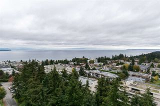 """Photo 15: 1503 15152 RUSSELL Avenue: White Rock Condo for sale in """"Miramar """"A"""""""" (South Surrey White Rock)  : MLS®# R2105212"""