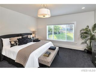 Photo 13: 2038 Troon Court in VICTORIA: La Bear Mountain Single Family Detached for sale (Langford)  : MLS®# 370184