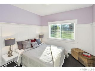 Photo 11: 2038 Troon Court in VICTORIA: La Bear Mountain Single Family Detached for sale (Langford)  : MLS®# 370184