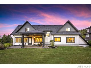 Photo 2: 2038 Troon Court in VICTORIA: La Bear Mountain Single Family Detached for sale (Langford)  : MLS®# 370184