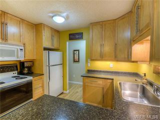 Photo 5: 2 1331 Johnson Street in VICTORIA: Vi Downtown Condo Apartment for sale (Victoria)  : MLS®# 371254