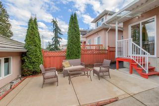 Photo 17: 4075 DOMINION Street in Burnaby: Central BN House 1/2 Duplex for sale (Burnaby North)  : MLS®# R2129966