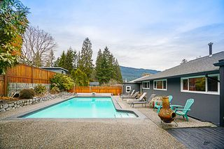 Photo 19: 919 N DOLLARTON Highway in North Vancouver: Dollarton House for sale : MLS®# R2136365
