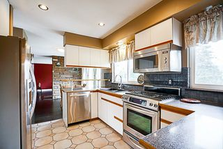Photo 9: 919 N DOLLARTON Highway in North Vancouver: Dollarton House for sale : MLS®# R2136365