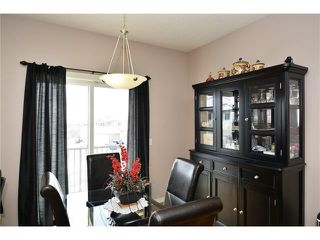 Photo 7: 193 ROYAL CREST View NW in Calgary: Royal Oak House for sale : MLS®# C4107990
