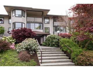 "Photo 2: 206 1460 MARTIN Street: White Rock Condo for sale in ""THE CAPISTRANO"" (South Surrey White Rock)  : MLS®# R2163656"