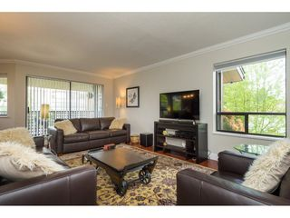 "Photo 4: 206 1460 MARTIN Street: White Rock Condo for sale in ""THE CAPISTRANO"" (South Surrey White Rock)  : MLS®# R2163656"