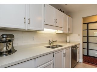 "Photo 9: 206 1460 MARTIN Street: White Rock Condo for sale in ""THE CAPISTRANO"" (South Surrey White Rock)  : MLS®# R2163656"